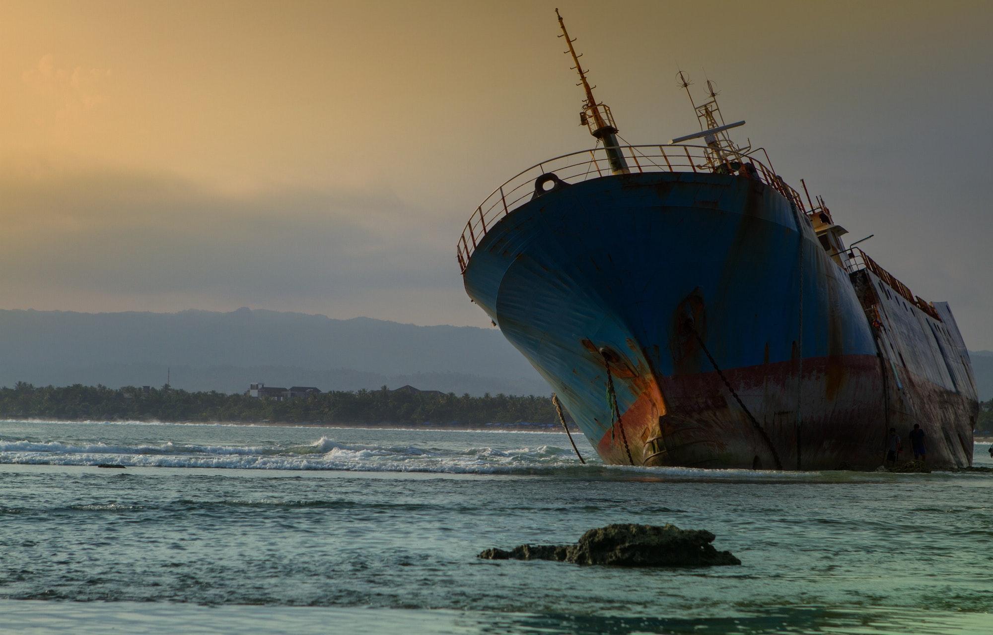Shipwreck in south Java coastline ...